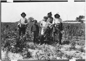slebzak_family_28polish29_working_on_bottomley_farm-_they_have_worked_here_3_years_and_one_winter_at_avery_island2c_la-_-_nara_-_523209