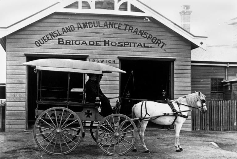 statelibqld_1_46275_horse-drawn_ambulance_in_front_of_the_q-a-t-b-_hospital_in_ipswich2c_ca-_1908